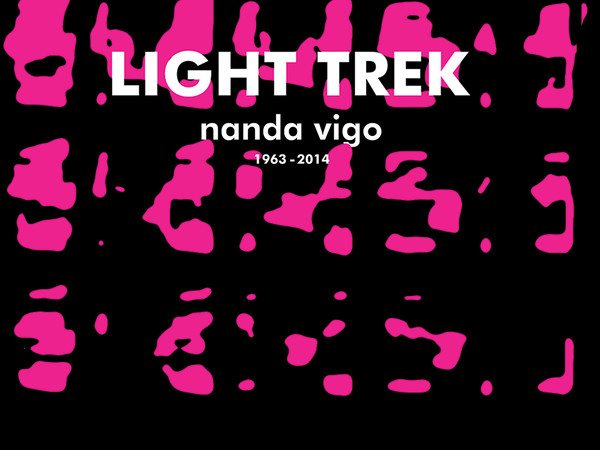 25786-light_trek01
