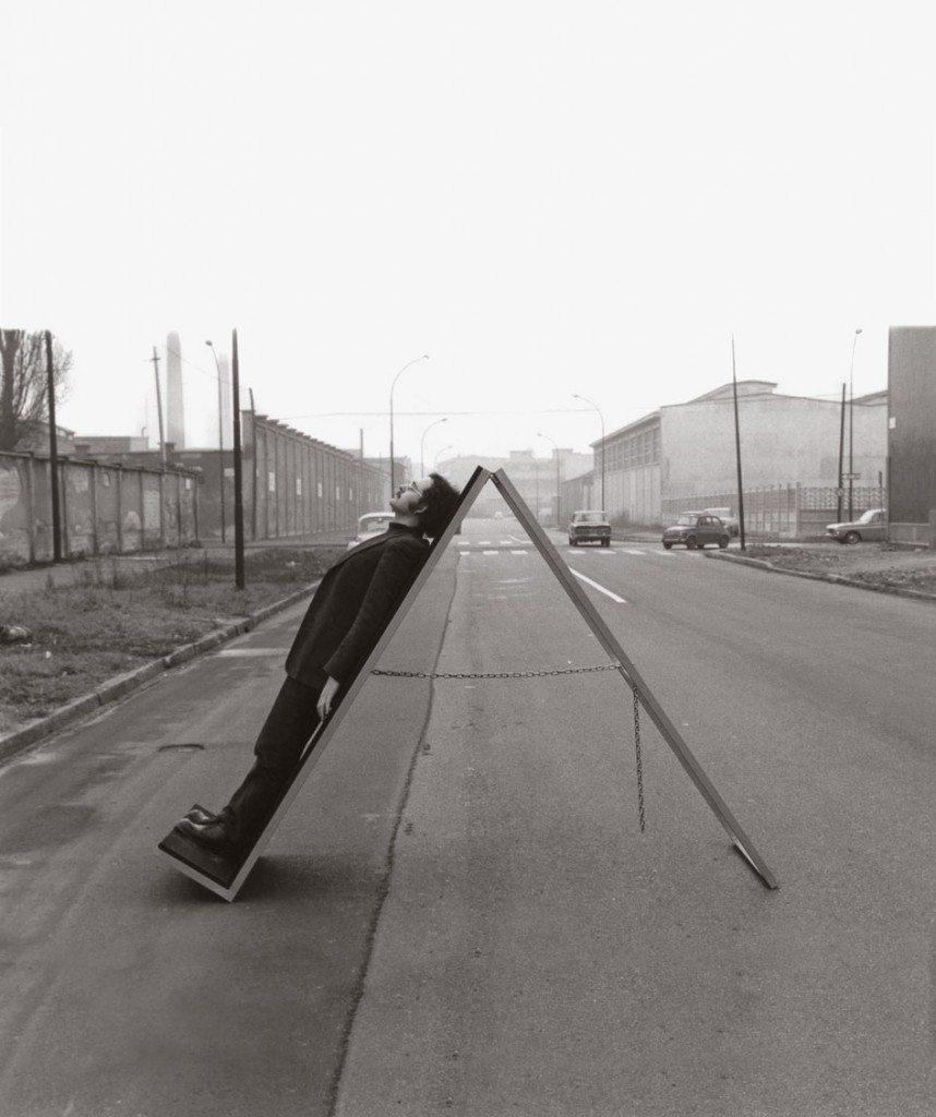 Ugo-La-Pietra,-Il-commutatore,-1970-3