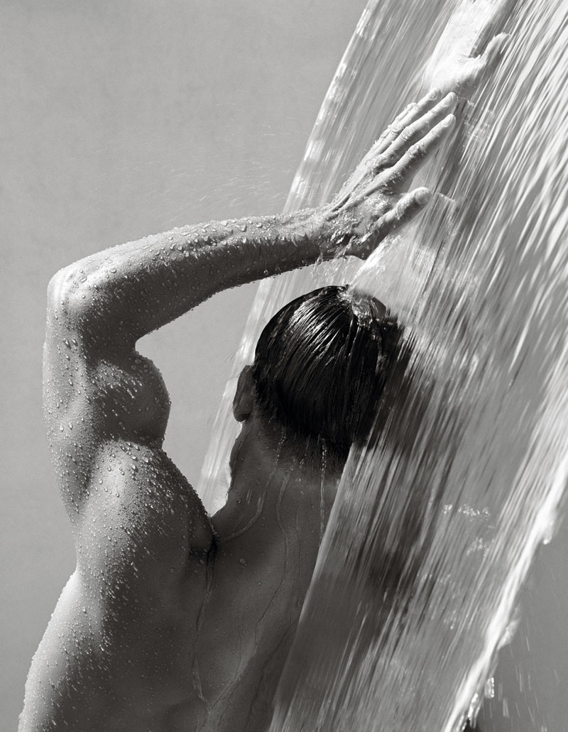 Waterfall IV, Hollywood 1988 © Herb Ritts Foundation