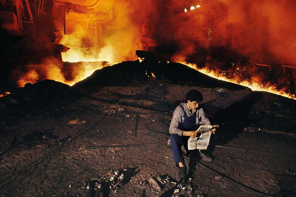 [2] Smerderevo, Serbia, 1989 © 2012-2017 Steve McCurry